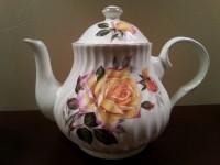 yellow rose teapot